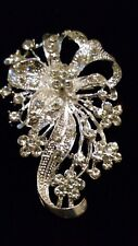 PRETTY Silvertone Rhodium Plated Flower Design with Clear Rhinestones Brooch*