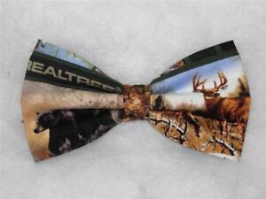 Realtree Bow tie / Hunting Cabin / Bear, Deer, Geese & Lake / Pre-tied Bow tie