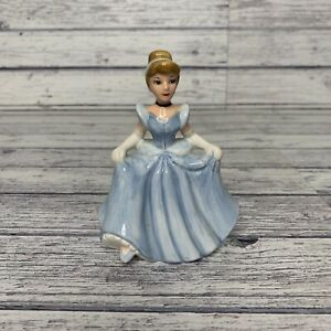 Vintage Cinderella Salt Shaker Disney China Figurine Ceramic