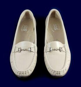 SAS Metro Womens Horsebit Loafers Bone Patent Leather Size 6.5 N