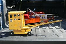 Triang Crane Construction Truck - Pressed Steel - England