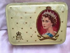Vintage Souvenir Tin Coronation Of H M Queen Elizabeth II 1953
