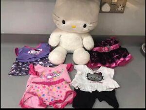 'Build A Bear' Hello Kitty & 5No Outfits