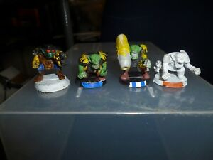 4 Plastic Space Orks Citadel 1989