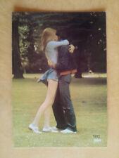 DIM couple enlacé amoureux 1972 publicité carte postale postcard