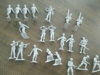 Louis Marx Co Vintage Army Soldier Toy Figures Lot of 21