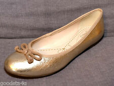 "Clarks ladies ""CAROUSEL RIDE"" gold flat shoes size 3.5D. New"