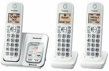 Panasonic KX-TG833SK1 Bluetooth Cordless Phone with Voice Assist - 3 Handsets™