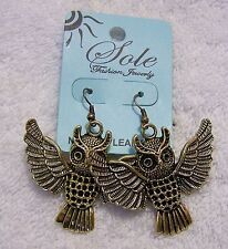 CLASSIC PIERCED EARRINGS OWL SOLITARY NOCTURNAL BIRD OF PREY TALON HAWK BE VL-AU
