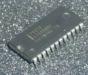 1 pcs P8212   I-O Port Circuit - 8-Bit Input Output Port DIP24 VINTAGE