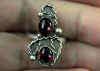 Beautiful Vintage Navajo Handmade Sterling Silver & 2 Burgundy Stones Ring