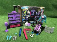 Monster High Create A Monster Color Me Creepy Design Chamber and Doll