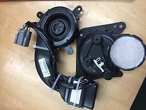 LR014533 Range Rover 2002 - 2009 Right hand front seat motor L322