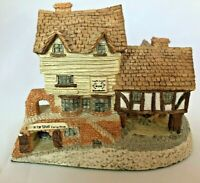 David Winter Cottage - 1980 Made in England Collectible - Market Street
