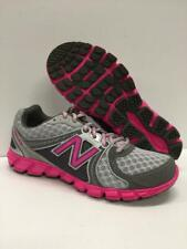 New Balance KJ750 Athletic Running Shoes Sneakers Gray Pink Kids 7 = Womens 8.5