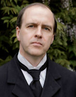 Kevin Doyle UNSIGNED photograph - N3707 - Downton Abbey - NEW IMAGE!!!