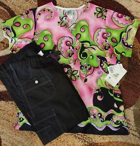 Brand New Matching Women's Scrub Set - Top Medium / Pants Small Petite