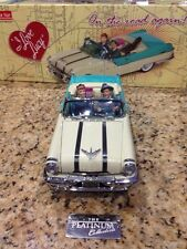 I Love Lucy: 55' Pontiac Die-Cast Model Car (Blue/White Mist) with all Figurines
