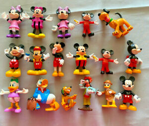 Collection of 17 Mickey Mouse Figures -Mickey, Minnie, Donald, Daisy, etc MIS9