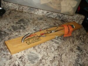 Vintage Frabill Classic Hardwood Tip-Up wood ice fishing bin 940