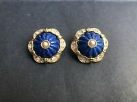 Signed JOAN RIVERS Goldtone Blue Molded Glass Pearl Rhinestone Clip On Earrings