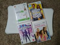 Nintendo Wii Fit Game and Balance Board Bundle - 4 games total - tested !