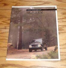 Original 1998 Chevrolet Blazer Sales Brochure 98 Chevy