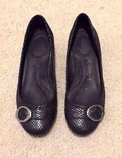 Dr. Scholl's Shoes Women's Magic Wedge Pump, Black, Size 6.5