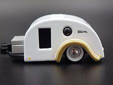 Teardrop TRAVELER Camper 1:64 Diecast Miniature Diorama Camping Trailer Model