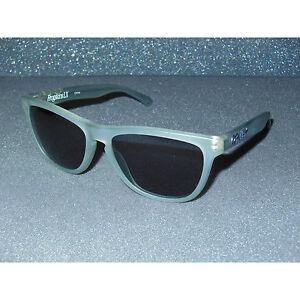 New Oakley Frogskins LX Satin Olive/Grey Acetate Sport Retro Fashion Metal Hinge