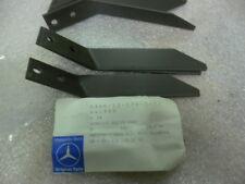 2 X HALTER KOTFLÜGEL LINKS MERCEDES 4255241540 FÜR UNIMOG BM 425, 435