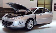 Modellini statici auto in argento per Peugeot