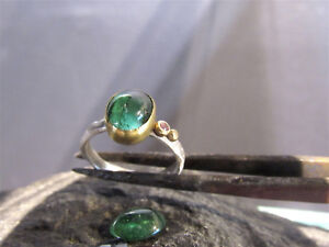 18K yellow gold and sterling silver ring set with green and Pink Tourmaline