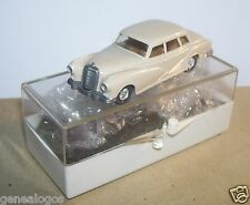 MICRO WIKING HO 1/87 MERCEDES BENZ 180 gris beige in box