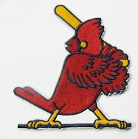 LOT OF (1) MLB BASEBALL ST. LOUIS CARDINALS BATTER-UP IRON-ON PATCH ITEM # 68