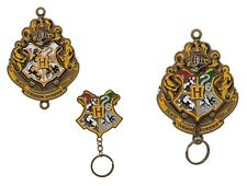 Harry Potter Hogwarts Crest Keychain Key Holder w Magnetic Fastener Wall Mounted