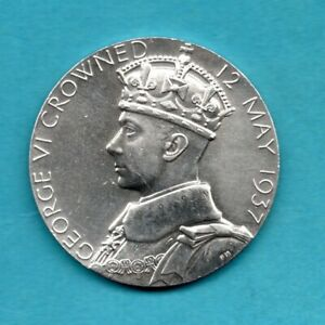 1937 GEORGE VI, STERLING SILVER CORONATION MEDAL / MEDALLION. ROYAL MINT ISSUE.