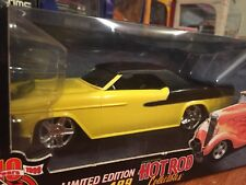 Racing Champions 1:24 Hot Rod Collectibles 1955 Chevrolet Bel Air Convertible