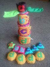 Manhattan Toys Chicka Chicka Boom Boom Pila & sort árbol de coco
