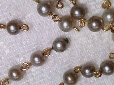 Vtg 100 WHITE PEARL CONNECTOR GOLD FINDINGS ROUND BEAD RETRO CHARM :D #032914p