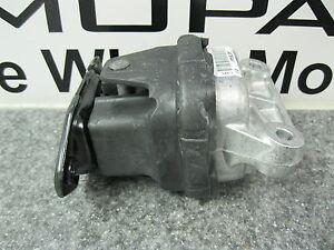 Charger Challenger Magnum 300 Left or Right Engine Motor Mount Support Mopar Oem