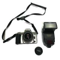 Minolta Maxxum QTsi 35mm SLR Camera With Flash