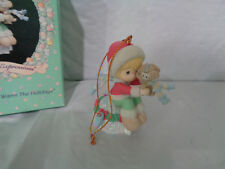"""1994 Precious Moments - """"Friendships Warm The Holidays"""" Ornament"""