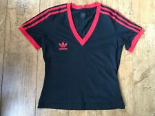 Para Mujer Adidas Originals Negro Escote en V Camiseta con Rayas Rojas UK 10