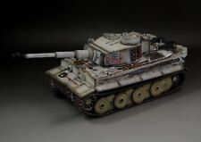 1/30 WW2 German Tiger I early production with metal track winter version
