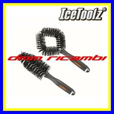 Kit 2 Spazzole ICETOOLZ U070 pulizia BICI BDC MTB DH telaio ruote trasmissione