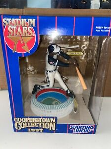 HANK AARON New!!! BRAVES 1997 Starting Lineup Baseball Cooperstown Collection