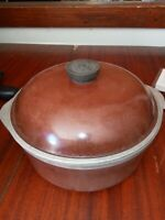 Vintage Club Aluminum 4QT Dutch Oven Cooking Pot Brown with Lid