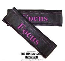 """2x pastillas de cubiertas de cinturón de seguridad de cuero negro """"Enfoque"""" bordado Púrpura Para Ford"""