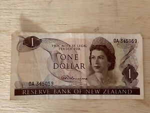 New Zealand $1 One Dollar QE2 | 1967 | 0A-Series | S/N 345059 | Neal Fleming
